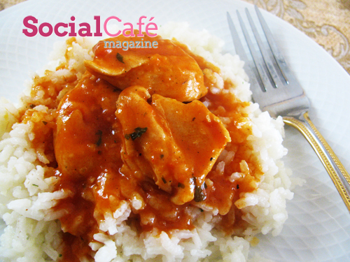 Chicken in Red Sauce over Rice Recipe
