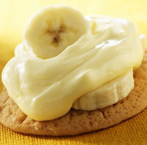 Sugar Cookies with Banana Pudding