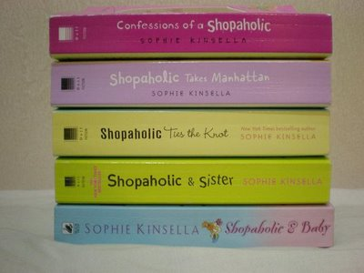 shopaholic college essay Essay are you a shopaholic 1 shopaholics found their compulsion to spend by creating false identities to obtain more creditcards they often hide bank.