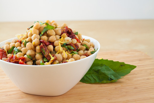 Sun Dried Tomato and Chickpea Salad
