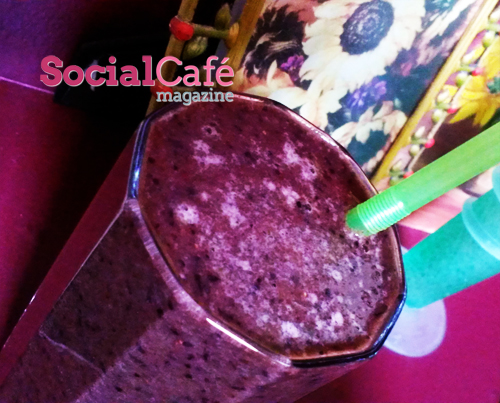 Spinach Apple Berry Smoothie